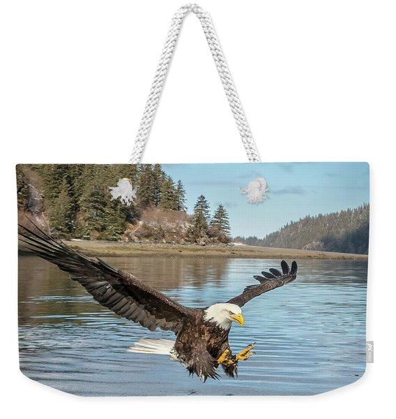 Bald Eagle Fishing In Sadie Cove Weekender Tote Bag