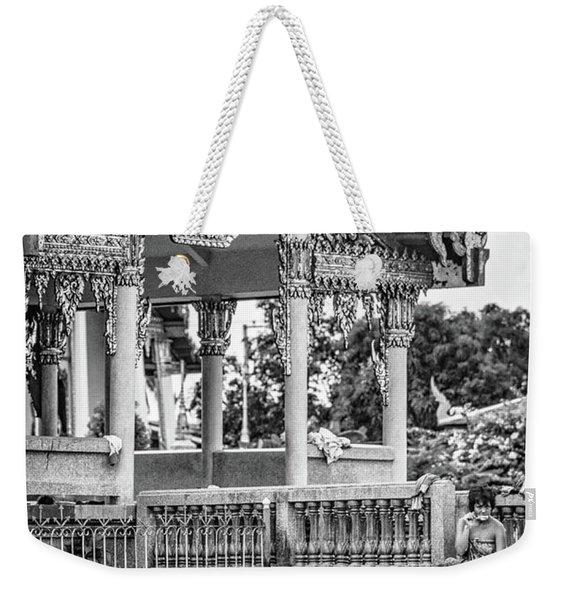 Bangkok Khlong - Daily Life Bw Weekender Tote Bag