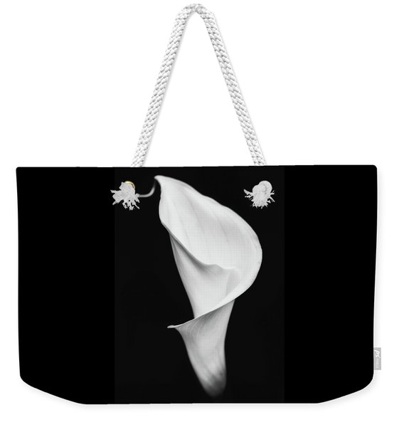 Weekender Tote Bag featuring the photograph Classic Grace by Laura Roberts