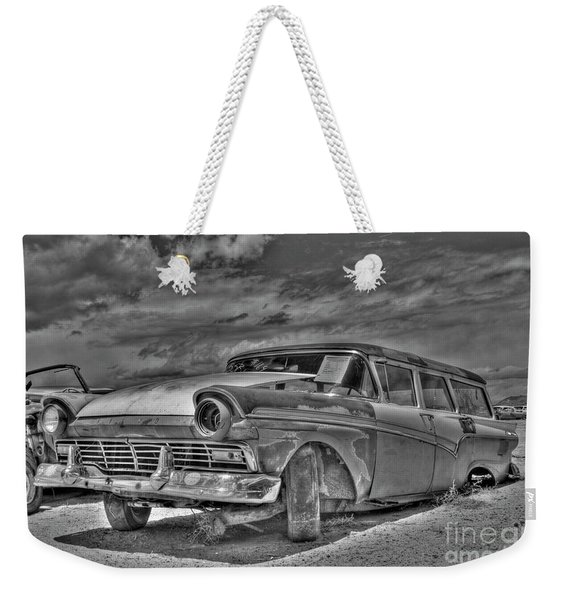 Ford Country Squire Wagon - Bw Weekender Tote Bag