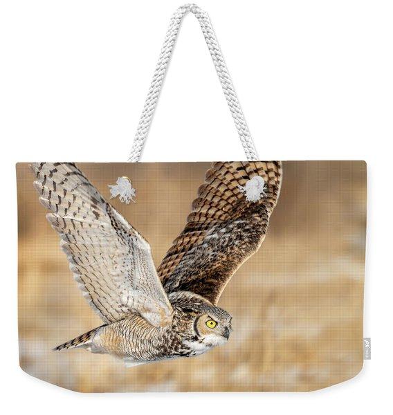 Great Horned Owl In Flight Weekender Tote Bag