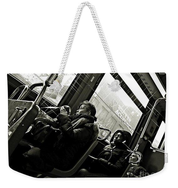 M4 Bus Nyc 4 Bw Weekender Tote Bag