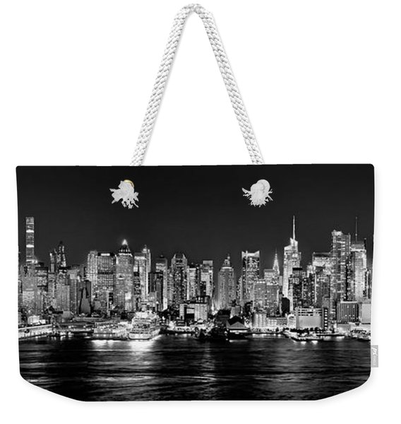 New York City Nyc Skyline Midtown Manhattan At Night Black And White Weekender Tote Bag