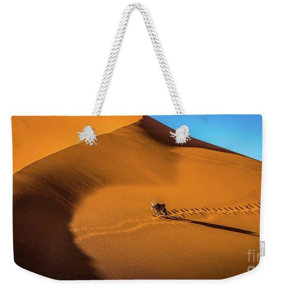Oryx Crossing Big Daddy Dune, Sossusvlei, Namibia Weekender Tote Bag