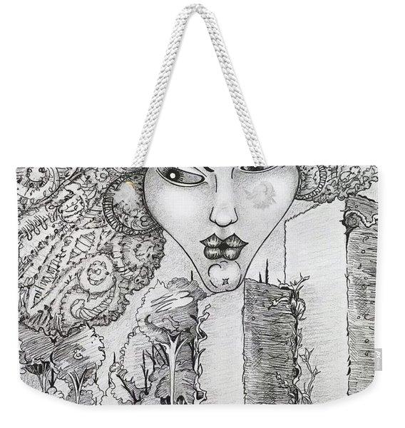 The Queen Of Oz Weekender Tote Bag