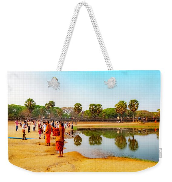 Tourists At Angkor Wat - Siem Reap, Cambodia Weekender Tote Bag