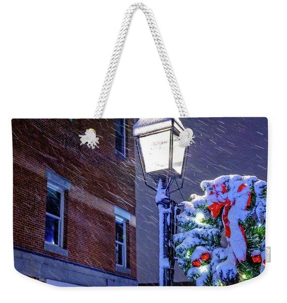 Wreath On A Lamp Post Weekender Tote Bag
