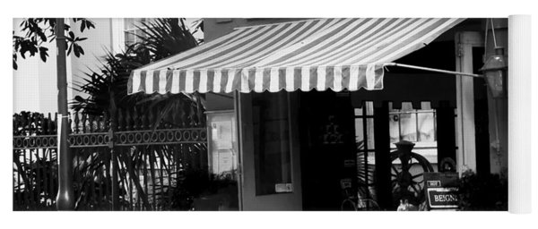 0253 Cafe Beignet Yoga Mat