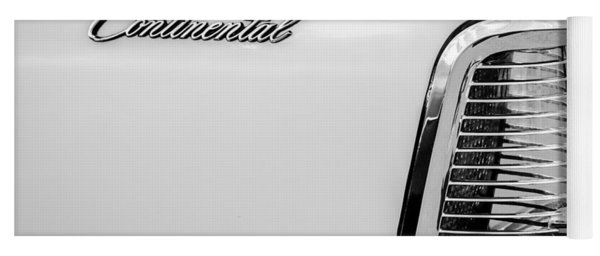 1963 Lincoln Continental Taillight Emblem -0905bw Yoga Mat