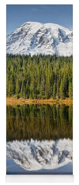 Mount Rainier And Reflection Lakes In The Fall Yoga Mat