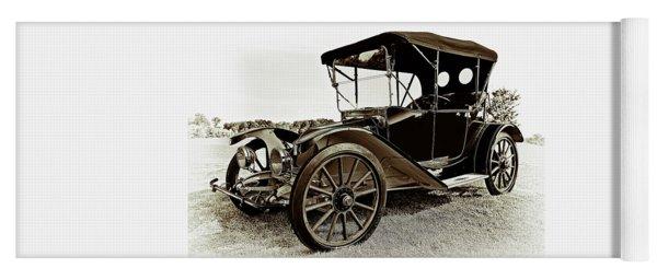 1913 Argo Electric Model B Roadster Coffee Yoga Mat