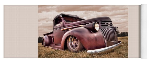1941 Rusty Chevrolet Yoga Mat