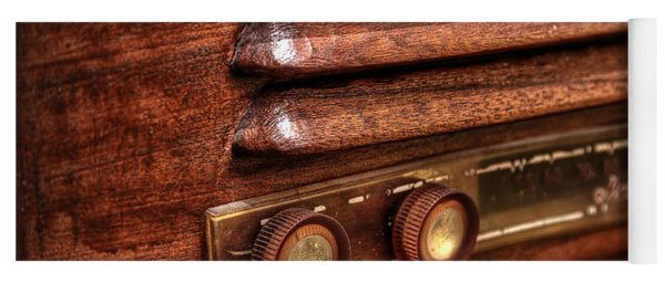 1948 Mantola Radio Yoga Mat