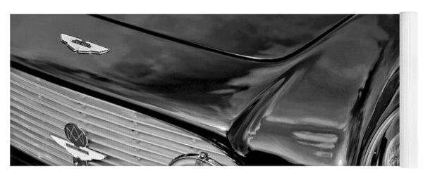 1963 Aston Martin Db4 Series V Vintage Gt Grille Emblem Yoga Mat