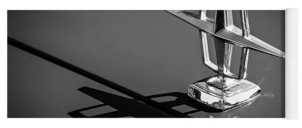1967 Lincoln Continental Hood Ornament -1204bw Yoga Mat