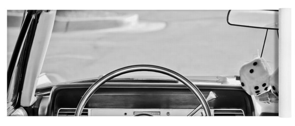 1967 Lincoln Continental Steering Wheel -014bw Yoga Mat