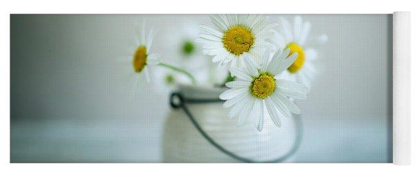 Daisy Flowers Yoga Mat