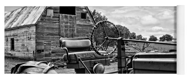 Tractor Barn - Black And White Yoga Mat