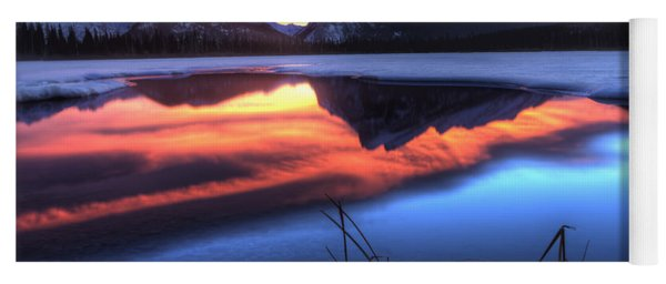 Vermillion Lakes Mount Rundle Yoga Mat