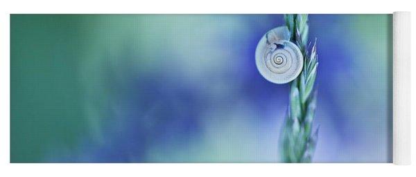 Snail On Grass Yoga Mat