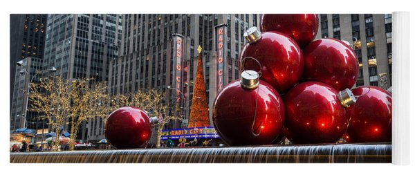 A Christmas Card From New York City - Radio City Music Hall And The Giant Red Balls Yoga Mat
