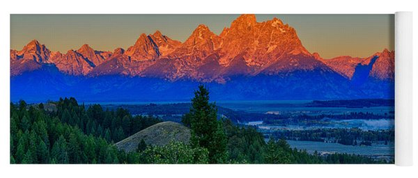 Alpenglow Across The Valley Yoga Mat