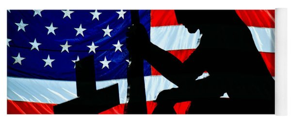 A Time To Remember American Flag At Rest Yoga Mat