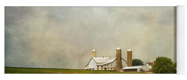 Amish Farmland Yoga Mat