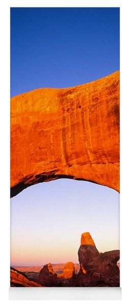 Arches Window Yoga Mat