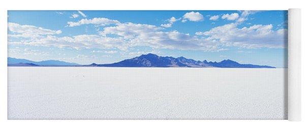 Bonneville Salt Flats, Utah, Usa Yoga Mat