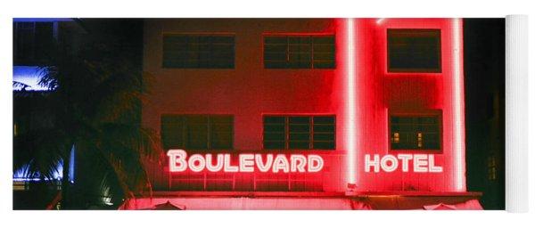 Boulevard Hotel Yoga Mat