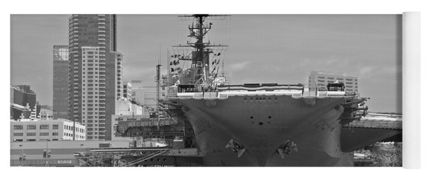 Bow Of The Uss Midway Museum Cv 41 Aircraft Carrier - Black And White Yoga Mat