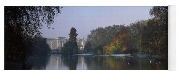 Buckingham Palace, City Of Westminster Yoga Mat