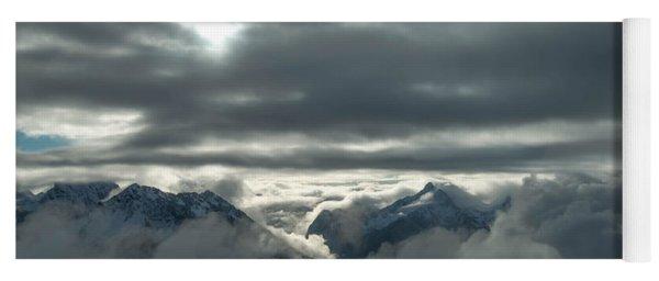Cloudy Range Yoga Mat