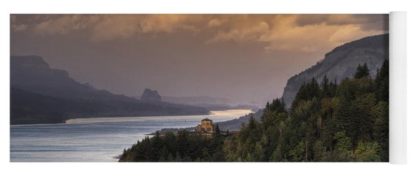 Columbia River Gorge Vista Yoga Mat