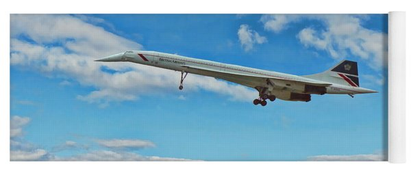 Concorde On Finals Yoga Mat