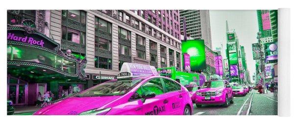Crazy Cabs In Manhattan Yoga Mat