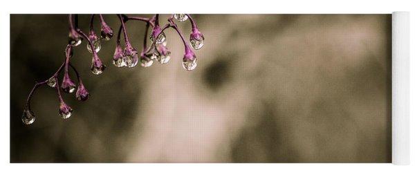 Dew Berries Yoga Mat