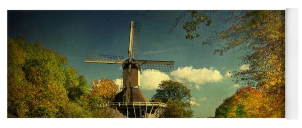 Dutch Windmill Yoga Mat