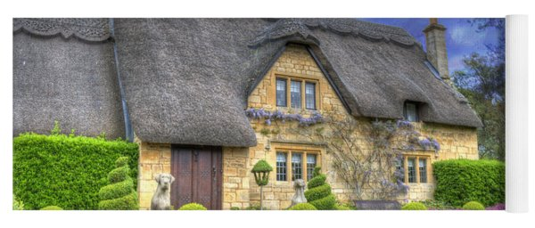 English Country Cottage Yoga Mat