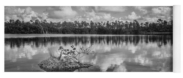 Everglades 0347bw Yoga Mat