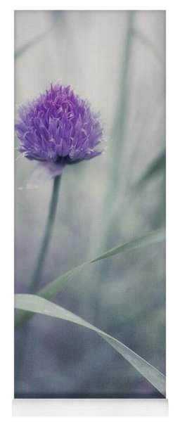 Flowering Chive Yoga Mat