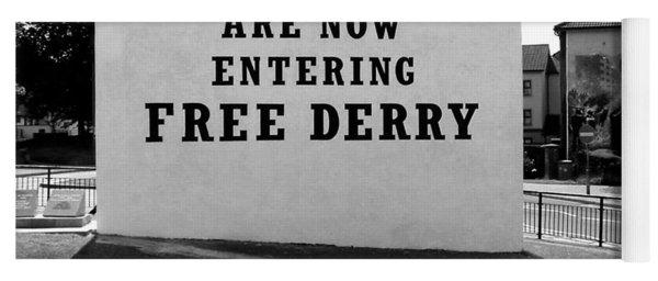 Free Derry Corner 9 Yoga Mat