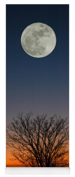 Full Moon Rising Yoga Mat
