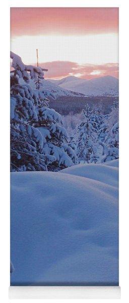 Glenmore Forest - Winter Yoga Mat