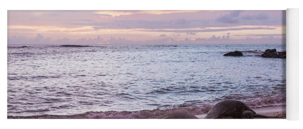 Green Hawaiian Sea Turtles At Sunset - Oahu Hawaii Yoga Mat