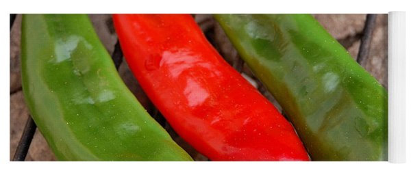 Hot And Spicy - Chiles On The Grill Yoga Mat