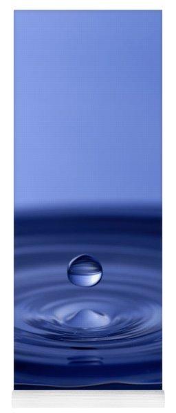 Hovering Blue Water Drop Yoga Mat