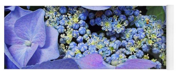 Hydrangea Blossom Yoga Mat