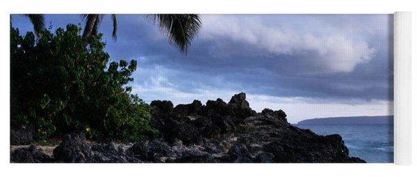 I Ke Kai Hawanawana Eia Kuu Lei Aloha - Paako Beach Maui Hawaii Yoga Mat